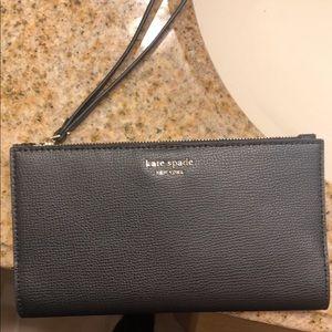 Kate Spade: Black Leather Wristlet